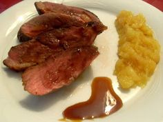 Paprika En La Cocina: Magret de pato con puré de manzana y reducción de Pedro Ximenez