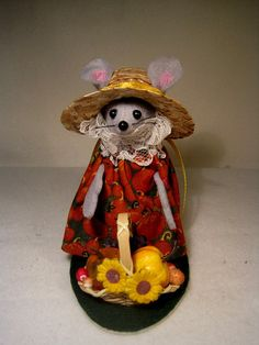 Fall Mouse by atticmouse on Etsy, $11.00
