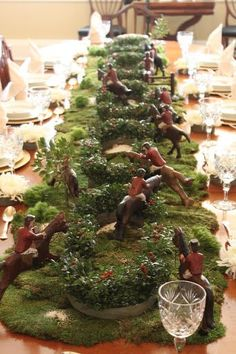 What a fantastic hunt table center piece