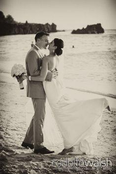 Caribbean Beach weddings, Roatan Island, Honduras, bride and groom photo session www.photowalsh.com