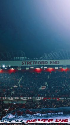 Manchester United Old Trafford, Manchester United Football, Manchester United Wallpaper, Man United, Phone Backgrounds, Soccer, The Unit, Wallpapers, Club