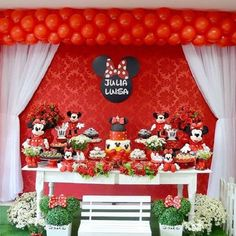 Mickey Mouse Theme Party, Minnie Y Mickey Mouse, Mickey And Minnie Wedding, Baby Mickey, Mickey Mouse Birthday, Baby Birthday, Mickey Baby Showers, Minnie Mouse Baby Shower, Mouse Parties