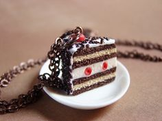 Bijoux Gourmands - Collier Foret Noire - black forest cake charm