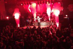 last show of the #gravediggerband #europeantour #2017  in #andernach #germany ! #axelritt #the_real_ironfinger #gravedigger #hughesandkettner #emgpickups #deeflexx #framus #framusguitar #loxx