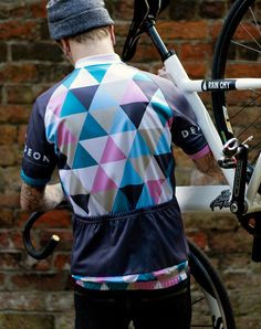 The Deaf Pigeon Shop. Jerseys, T-Shirts, Stickers, Bottles and much more! Cycling Shorts, Cycling Jerseys, Cycling Bikes, Cycling Outfit, Cycling Clothes, Bike Kit, Cycling News, Bike Wear, Bike Style