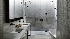 A cool, concrete bathroom in Armadale, Melbourne. Bear Agushi worked with John Bornas of Workshop and stylist Simone Haag to create this stunning home Home Developers, Home Interior, Interior Design, Minimalist Bathroom Design, Natural Stone Flooring, Concrete Bathroom, Melbourne House, Tadelakt, The Design Files