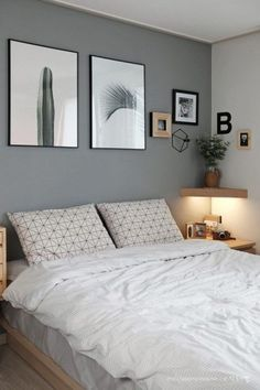 Small Bedroom Ideas - Master bedroom doesn't have to be huge if you don't have enough space.Do you need some inspiration of small master bedroom decorating ideas that fit with your style and space? Interior, Home Decor Bedroom, Bedroom Makeover, Home Bedroom, Home Decor, Bedroom Inspirations, Room Decor, Modern Bedroom, Small Bedroom