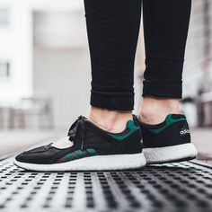 low priced 3e761 6f79d adidas Equipment Racing 91 Boost  Green White Core Black Nike Free Skor,