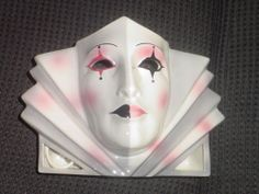 CLAY ART CERAMIC MASK.....HARLEQUIN TV LAMP