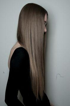 supa long straight brown hair