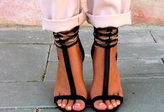 Tacones-Plataformas Negras   Zara , Primavera-Verano 2012. En el armario de miquintaavenida desde el 29-8-2012
