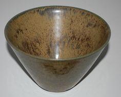 Hjorth, bowl in stoneware. factory Hjorth Denmark. H: 10. W: 15,5 cm.