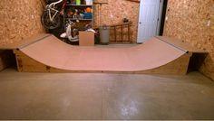 Mini ramp skate in the basement