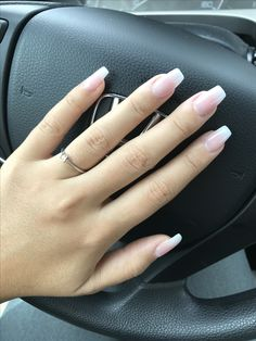 White ombré coffin nails Coffin Nails Ombre, Matte Nails, My Nails, Acrylic Nails, Hair And Nails, Acrylics, Faded Nails, Solar Nails, Nail Ideas
