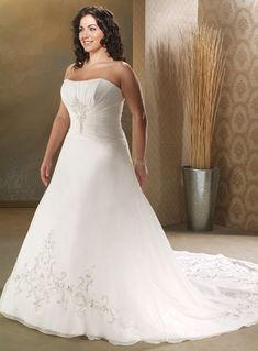 Wholesale Cheap 2014 Spring Plus Size Strapless Applique Organza Satin Chapel Train Wedding Dress for Brides