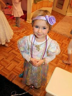 A Princess Welcome at Let's Dress Up! Birthday parties, classes, camp and play. For girls ages 3 to 5 years. Upper East Side New York City