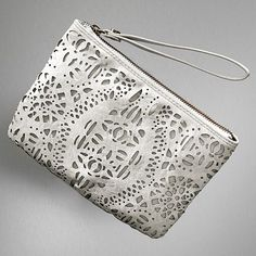 Oh dear....there is a matching wristlet