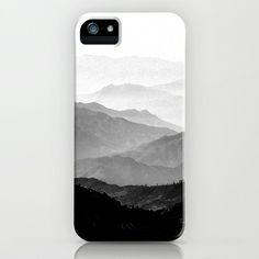 (Gender Neutral) This case is so simple. I like the fact that it is in black and white. You can see the beauty of the mountains with out having all the complex colors. I think it works well as a case. Your eyes just follow the mountains all the way up.