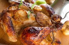 Индейка,  запеченная в духовке целиком –потрясающее блюдо на праздничный новогодний стол!