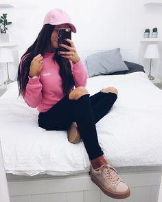 Insta gurl @karolinlisa in the pink Cypress Sweater by JUNKYARD XX-XY. #junkyardstyle