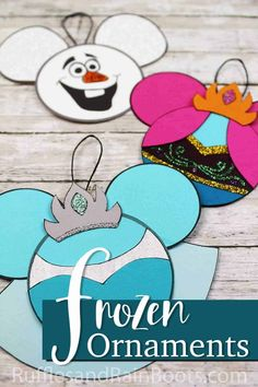 The kids are going to love making these Disney inspired Frozen ornaments! They're so simple and who doesn't need Anna and Elsa ornaments on the tree? Disney Christmas Crafts, Frozen Christmas Tree, Christmas Art Projects, Christmas Crafts For Kids To Make, Christmas Travel, Christmas Paintings, Disney Crafts, Kids Christmas, Summer Crafts