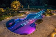 Funny pictures about Majestic violin pool. Oh, and cool pics about Majestic violin pool. Also, Majestic violin pool. Pool Spa, My Pool, Pool Water, Luxury Pools, Beautiful Pools, Dream Pools, Swimming Pool Designs, Pool Landscaping, Backyard Pools