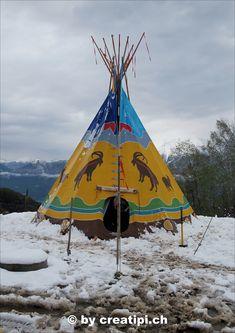 Ziegen-Tipi im Winter Patio, Winter, Outdoor Decor, Home Decor, Atelier, Goats, North America, Native Americans, Winter Time