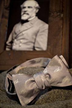 Buffalo Jackson Gray And Cream Robert E Lee Bow Tie