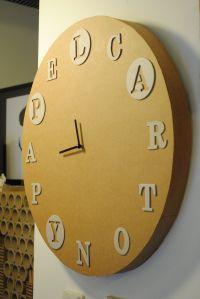 Reloj de cartón de La Cartonería