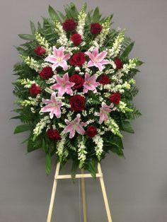 Funeral Floral Arrangements, Creative Flower Arrangements, Church Flower Arrangements, Flower Wreath Funeral, Funeral Flowers, Angel Wings Decor, Funeral Sprays, Casket Sprays, Memorial Flowers