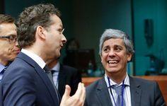Bruxelas analisa programa do PS. E volta a exigir défice abaixo dos 3%