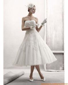 schicke moderne ausgefallene Brautkleider  aus Organza und Satin trägerlosige Mode