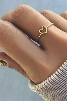Ella Cute Dainty Simple Minimalist Heart Ring - Simple Dainty Cute Heart Outline Minimalist Ring Fashion Jewelry for Women for Teen Girls – www. Cute Rings, Pretty Rings, Beautiful Rings, Unique Rings, Simple Rings, Beautiful Pictures, Simple Jewelry, Cute Jewelry, Silver Jewelry