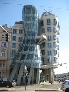 """Dancing House""  Frank Gehry"
