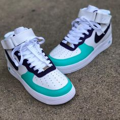 Nike Shoes Blue, Cute Nike Shoes, Cute Nikes, Cute Sneakers, Jordan Shoes Girls, Girls Shoes, Nike Shoes Air Force, Swag Shoes, Nike Af1