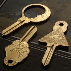 An interesting key can make opening a mundane lock into something special. These three keys made by jeweler Erica Weiner are pretty damn nifty. All-Seeing Eye Key Good Night Key Up Yours Key All th… There is no key to my secrets. Do not search for them. Key Blanks, House Keys, Key Design, My Dream Home, Locks, Home Improvement, Sweet Home, New Homes, Inspiration