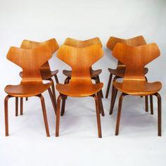 Located using retrostart.com > Grand Prix Dinner Chair by Arne Jacobsen for Fritz Hansen