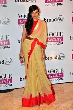 Dipannita Sharma In A Frou Frou #Saree At Vogue Beauty Awards 2014.
