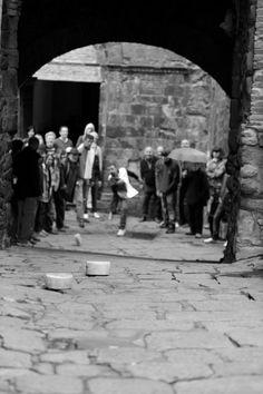Palio della Ruzzola per le vie di Pereta, Magliano in Toscana, Festa di S.Marco 25 aprile
