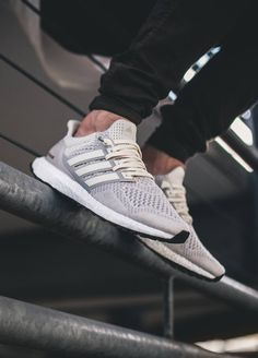 Adidas Ultra Boost LTD - Cream (by Maxi Röschlein)