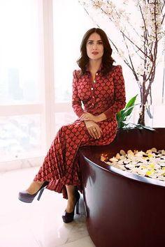 Salma Hayek in platform pumps