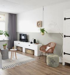 Heb jij ook een lange en smalle woonkamer, en vind je het lastig om deze in te richten? Dan geven wij je nu zes tips hoe je dit het beste kunt doen.