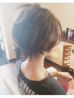 My hair cut Haircuts For Wavy Hair, Mom Hairstyles, Long Hair With Bangs, Medium Short Hair, Medium Hair Cuts, Short Hair Cuts, Haircut For Big Forehead, Front Hair Styles, Corte Y Color
