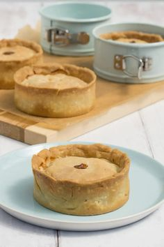 Scotch Pies Recipe - Simple and Easy Scotch Pie Recipe to Make at Home | Homemade Scotch Pies | Homemade Scottish Mince Pie | Easy Scotch Pie Recipe | Scottish Mince Pie | Traditional Scottish Recipes | Traditional Scottish Food | Scottish Recipes | Scottish Food | Scottish Scran Scottish Meat Pie Recipe, Scottish Recipes, Irish Recipes, Pie Recipes, Cooking Recipes, Curry Recipes, Dinner Recipes, Healthy Recipes, Kitchens