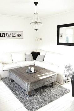there are a lot of decorating ideas you can use to make decorating a small living room easy! This article offers ideas for you to decorate into a functional and stylish small living room. Decor, Furniture, Small Living Room Decor, Room, Apartment Design, Home, Living Room Decor, Small Living Room, Home And Living