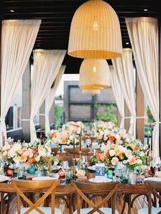 This is how you do a tropical wedding: Photography: Sally Pinera - sallypinera.com   Read More on SMP: http://www.stylemepretty.com/2017/02/23//
