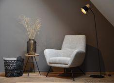 Comfortabele fauteuil Lex met zwart frame - Woonwinkel Alle Pilat Le Pilates, Egg Chair, Recliner, Home Kitchens, Living Room Designs, Modern Design, Armchair, New Homes, Lounge