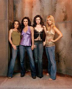 Charmed season 6 cast Holly Marie Combs, Alyssa Milano, Rose McGowan & Kaley Cuoco