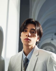"""prince eric is trending again, time to showcase to y'all the BEST person to play him— wong kunhang aka hendery"" Winwin, Macao, K Pop, Taeyong, Jaehyun, Bad Boy, Johnny Seo, Prince Eric, Celebrities"