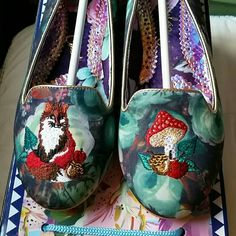 Whimsical Embroidered Irregular Choice Fox Loafers I never wore these. I purchased the wrong size and then never returned them on time. They're a size EU 39, which is listed as a US 8 on the Irregular Choice website. ModCloth Shoes Flats & Loafers